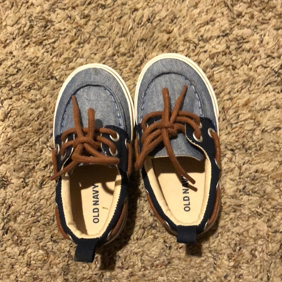 Old Navy Shoes   Baby Boy Shoes Size 5